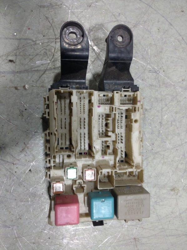 Блок предохранителей Toyota Corolla 150 1ZRE 2009 8273012390 (б/у)