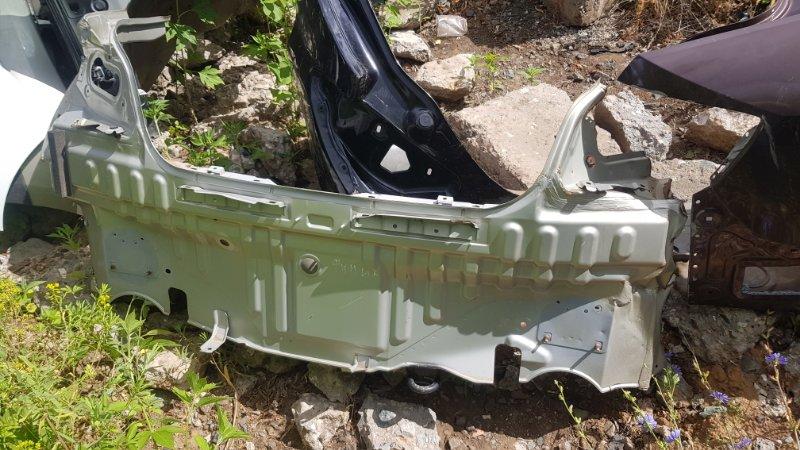 Панель задняя Infiniti G35 V36 2006 (б/у)