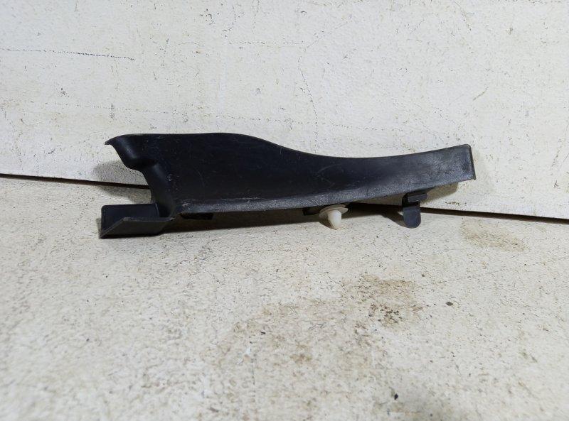 Накладка лобового стекла правая Renault Logan 1 8200 273 993 (б/у)