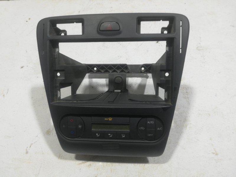 Накладка панели Ford Fusion 2006 (б/у)
