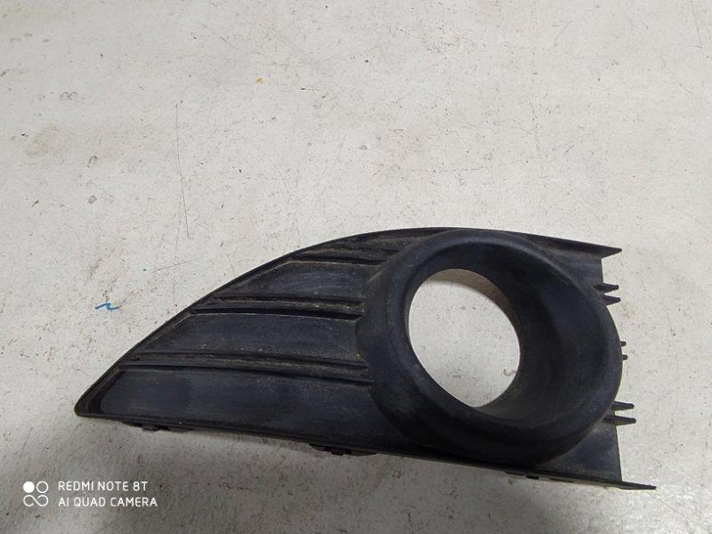 Накладка противотуманной фары Renault Fluence передняя левая (б/у)