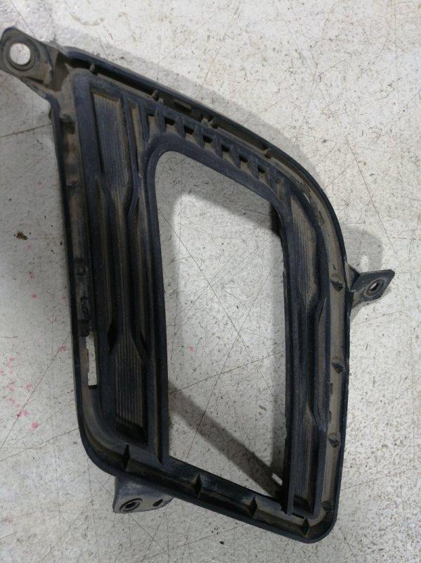 Накладка противотуманной фары Kia Ceed 1 2010 правая (б/у)