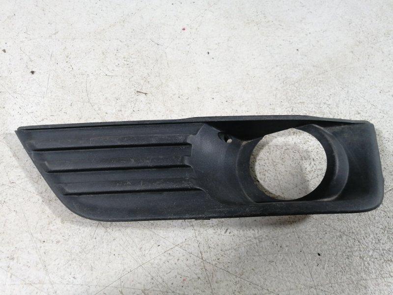 Накладка противотуманной фары Ford Focus 2 СЕДАН 1.8 2006 передняя левая (б/у)