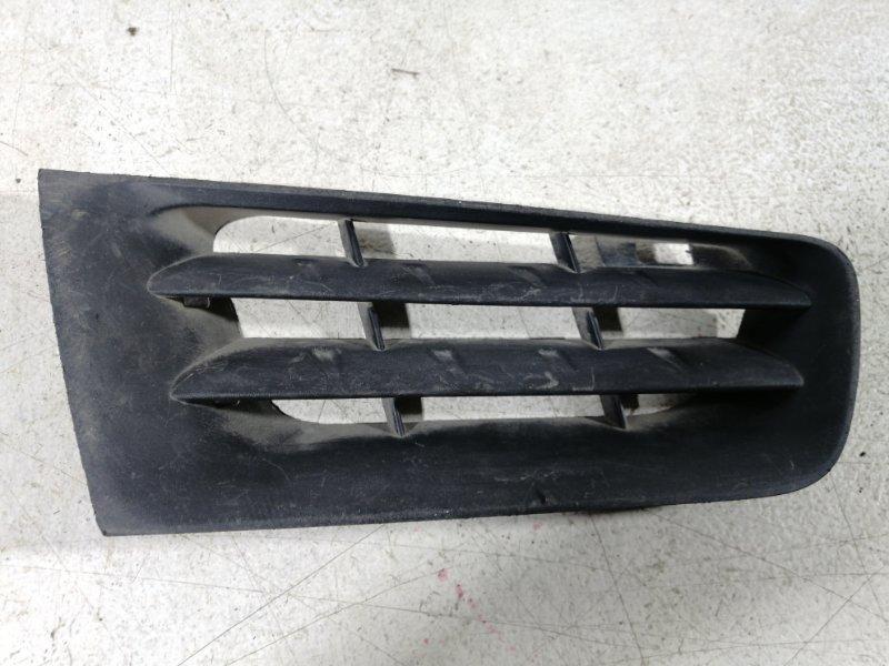 Решетка радиатора Renault Megane 2 2003 передняя правая (б/у)