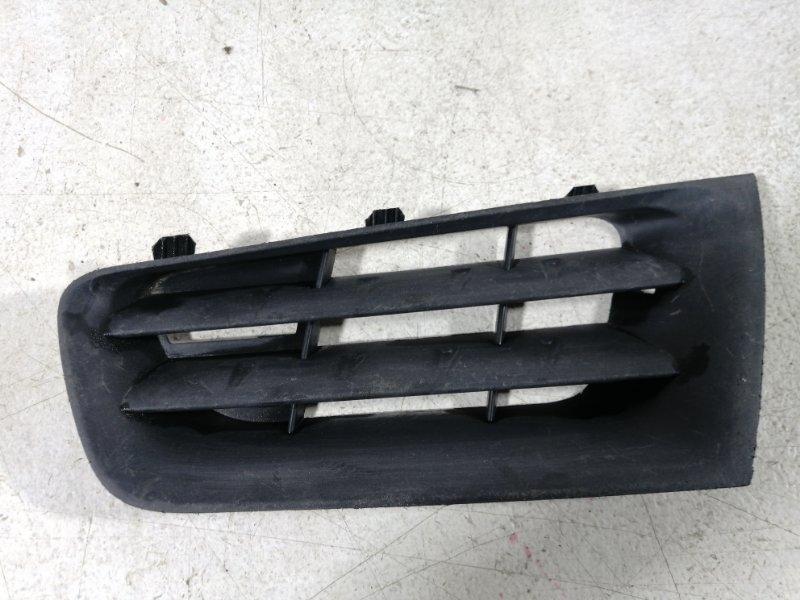 Решетка радиатора Renault Megane 2 2003 передняя левая (б/у)