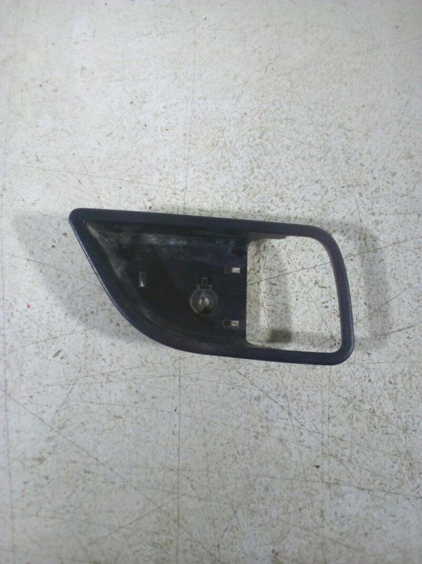 Накладка двери передней левой передняя левая (б/у)