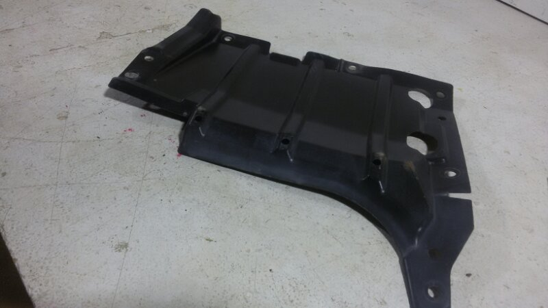 Защита двигателя Mitsubishi Airtrek передняя левая (б/у)