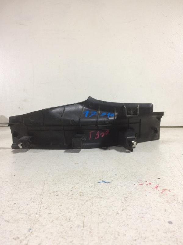 Накладка на порог (внутренняя) Chevrolet Aveo T300 задняя правая (б/у)