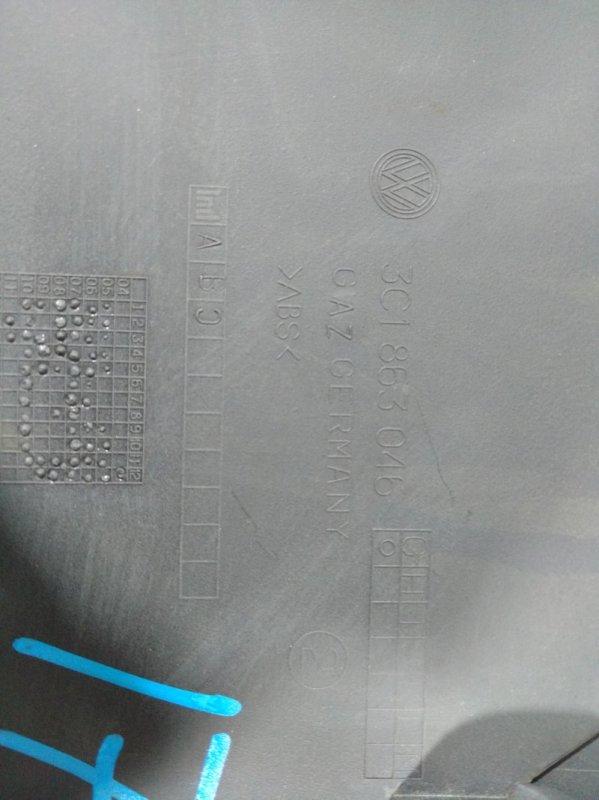 Накладка центральной консоли Volkswagen Passat B7 B7 CDAB 2011 правая (б/у)