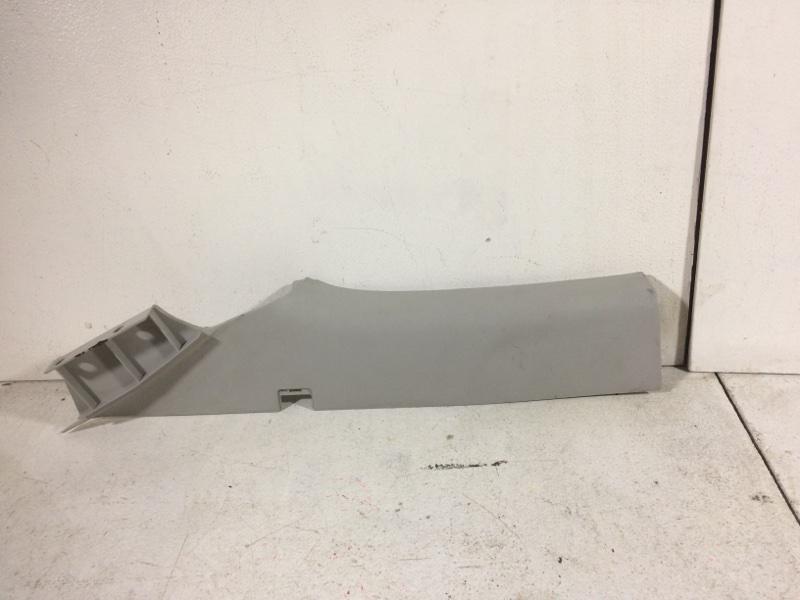 Обшивка стойки Ford Focus 2 задняя правая (б/у)