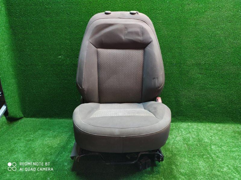 Сиденье Chevrolet Cobalt T250 2012 переднее правое (б/у)