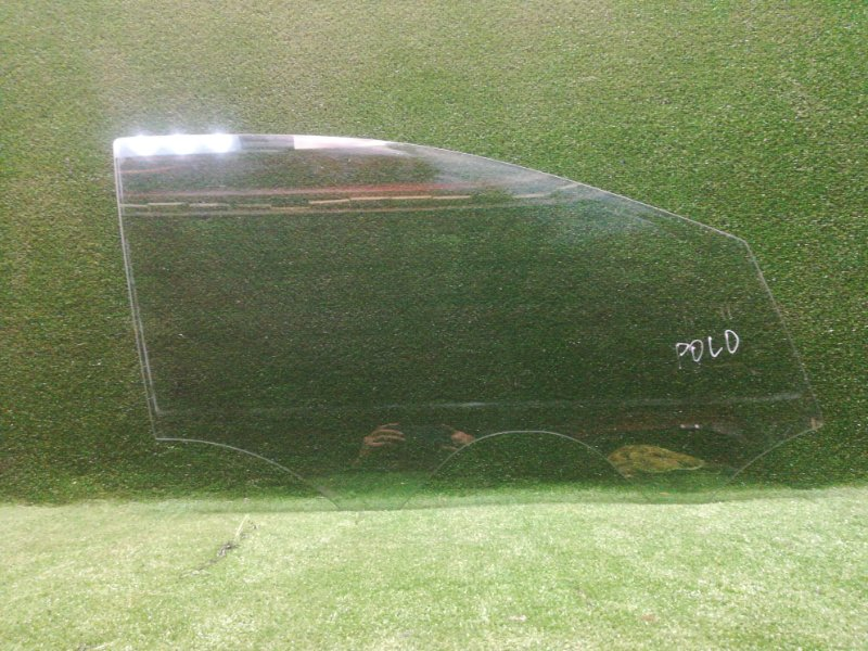 Стекло двери Volkswagen Polo 2009 переднее правое (б/у)