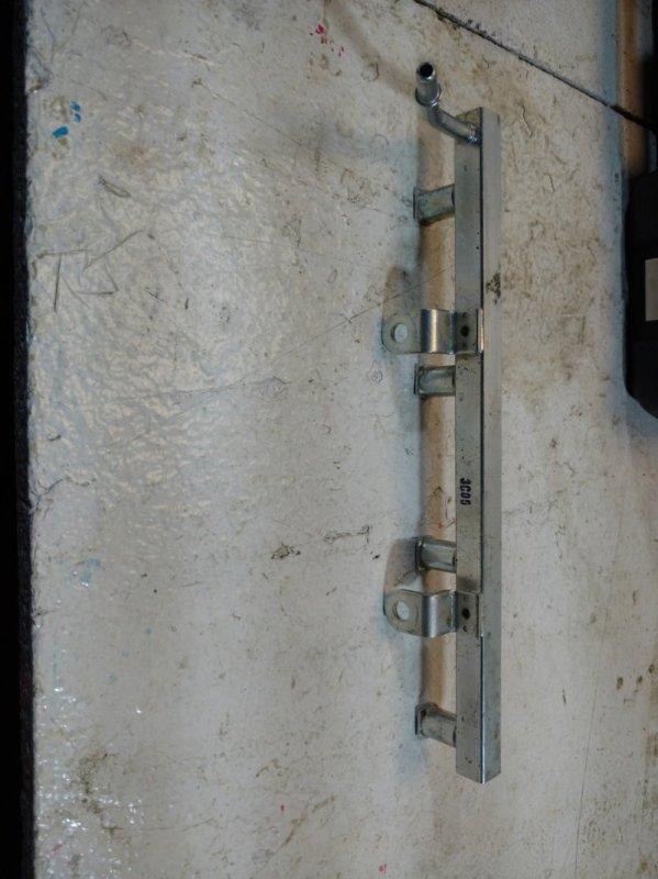 Рейка топливная (рампа) Chevrolet Aveo T250 2005 (б/у)