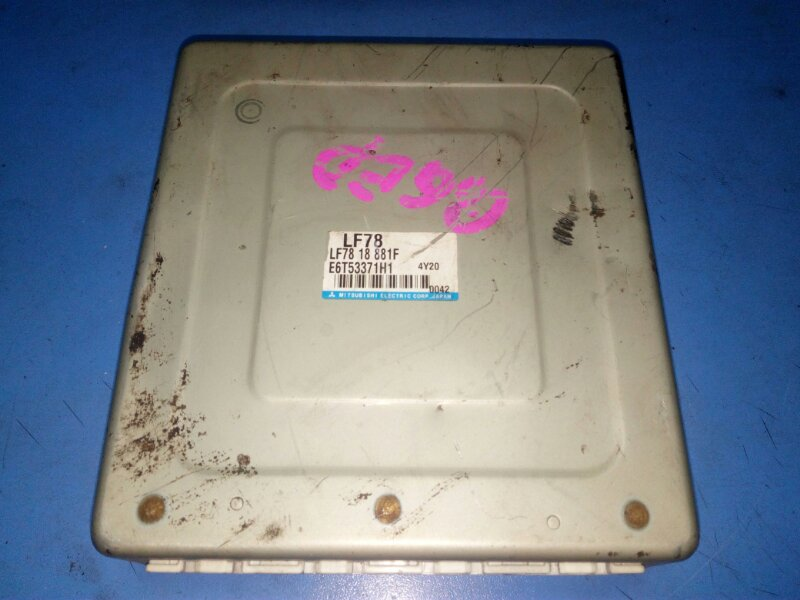Блок управления efi Mazda Atenza GGEP LF 02