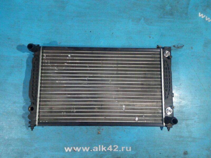 Радиатор двс Audi A4 99