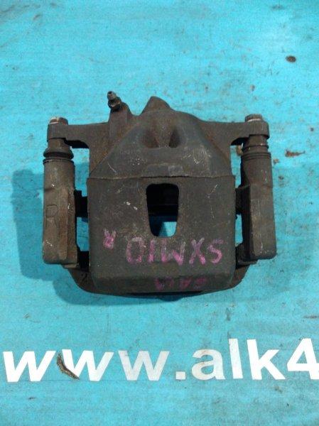 Суппорт Toyota Gaia SXM10 передний правый