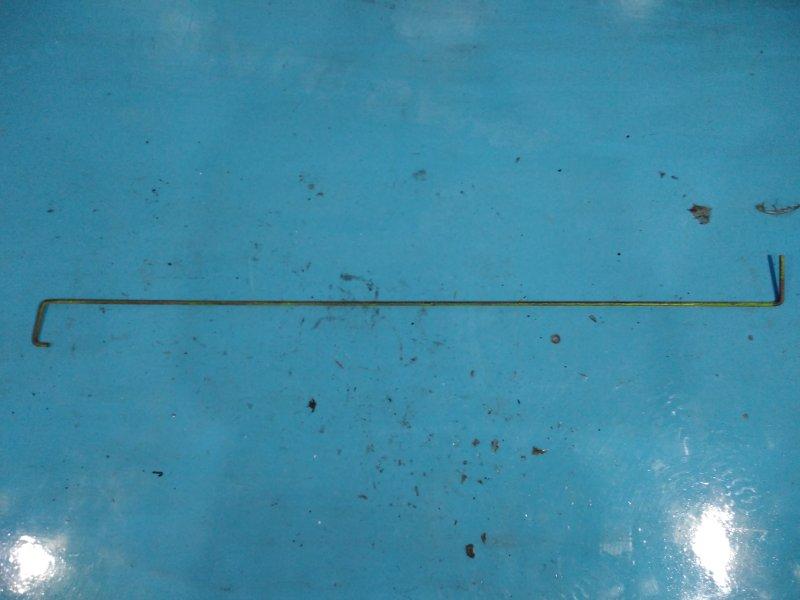 Пружина крышки багажника Москвич 412 УЗАМ 412 1991г