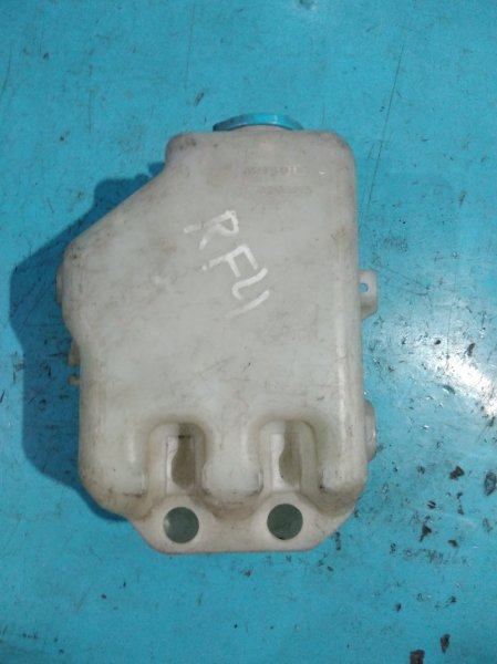 Бачок омывателя Honda Step Wagon RF4 B20B
