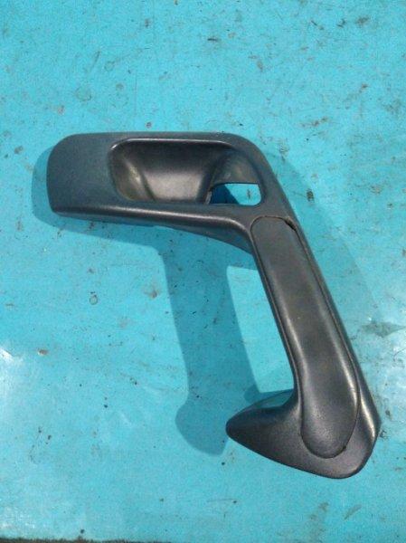 Ручка двери Лада 2112 2112 21124 2005г передняя правая