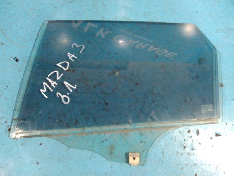 Стекло двери Mazda 3 BK5P Z6 заднее левое
