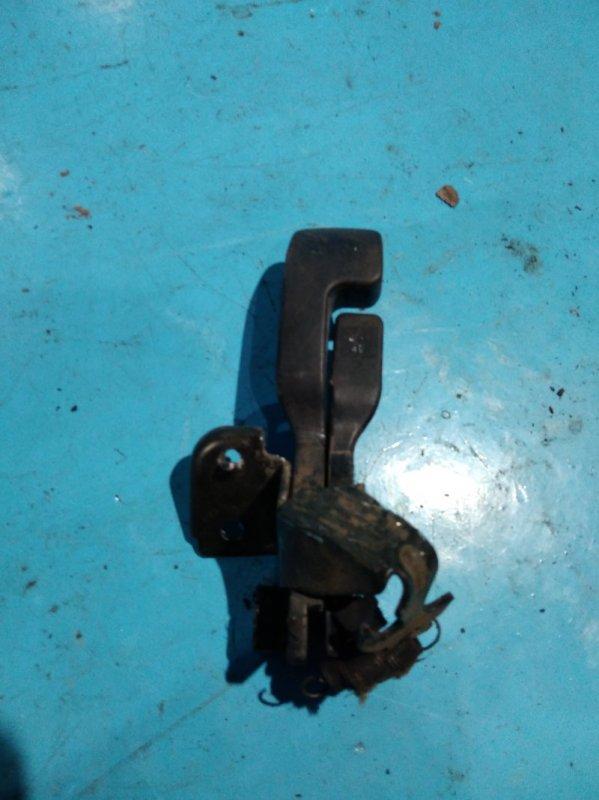 Ручка открывания бензобака. Nissan Sunny FB15 QG15DE 2000г
