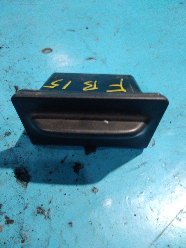 Пепельница Nissan Sunny FB15 QG15DE 2000г