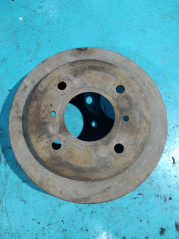 Тормозной барабан Nissan Sunny FB15 QG15DE 2000г задний