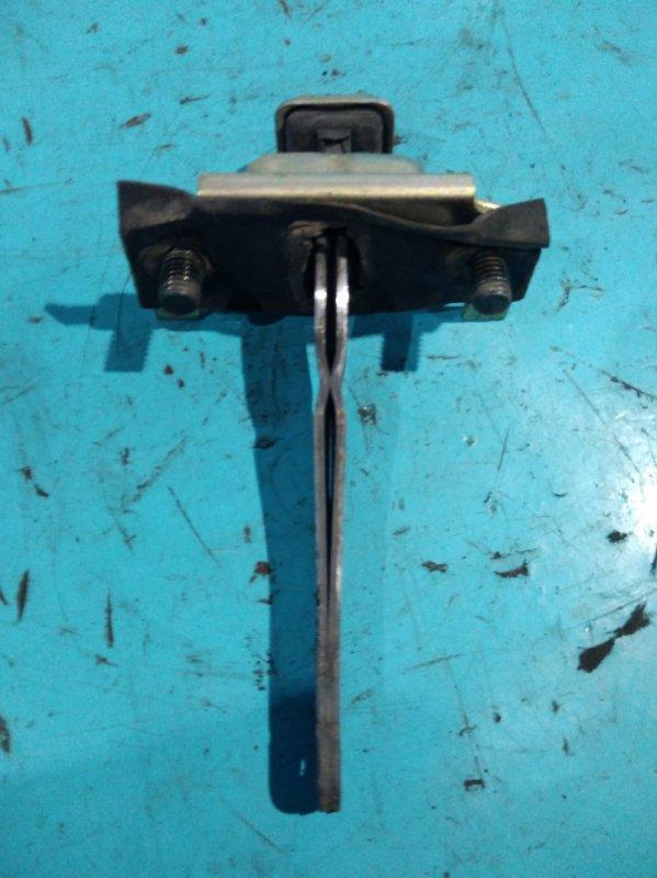 Ограничитель двери Kia Sportage JA FE 2000г задний правый