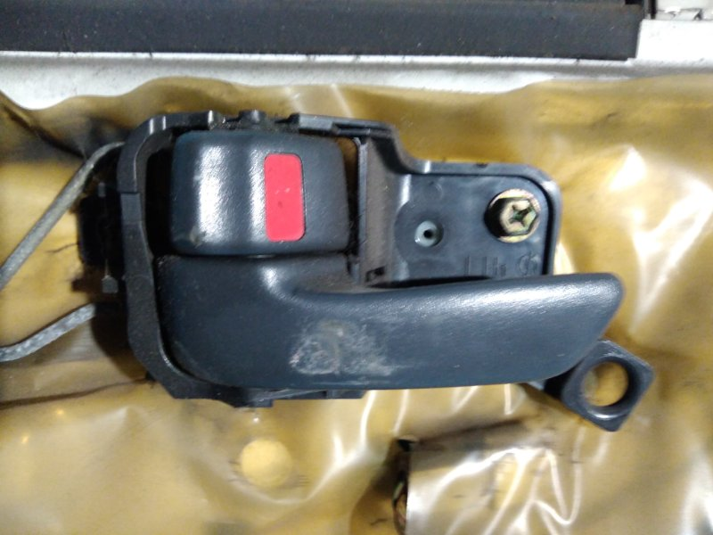Ручка двери внутренняя Toyota Caldina ST190 3S-FE 1997г передняя левая