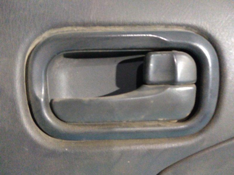 Ручка двери внутренняя Nissan Ad VEY11 YD22 задняя правая