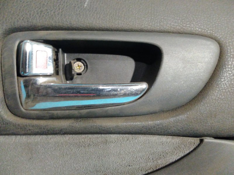 Ручка двери внутренняя Mazda Atenza GGEP LF 02 передняя левая