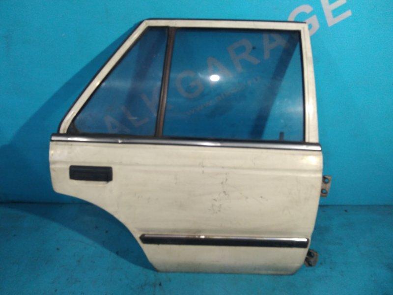 Дверь Nissan Bluebird U11 CA18 задняя правая