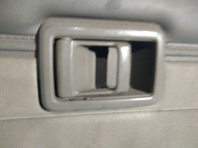 Ручка двери внутренняя Nissan Bluebird U11 CA18 задняя левая