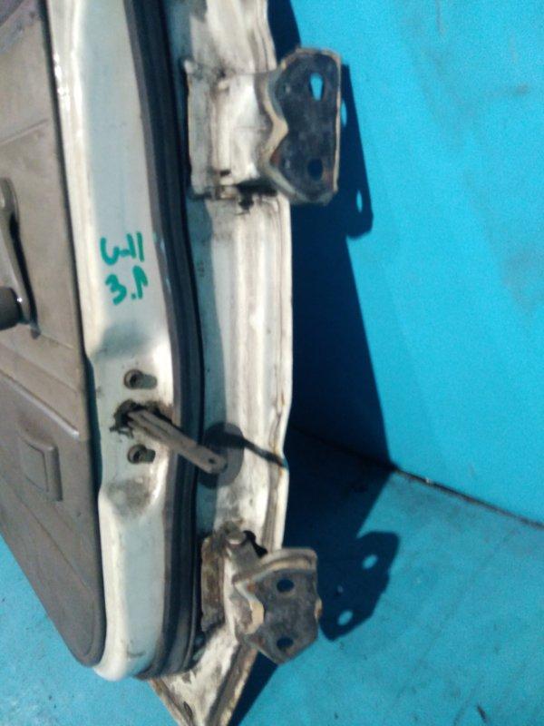 Шарнир двери Nissan Bluebird U11 CA18 задний левый
