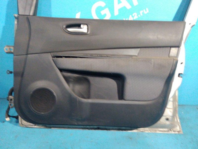 Обшивка двери Nissan Wingroad JY12 MR18DE 2007г передняя правая