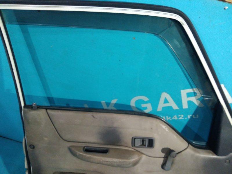 Стекло двери Mazda Bongo Brawny SD5AT переднее левое