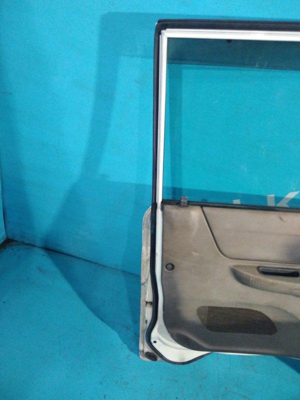 Уплотнительная резинка дверей Mazda Bongo Brawny SD5AT передняя левая