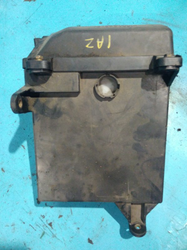 Корпус блока монтажного Toyota Vista Ardeo AZV50 1AZ-FSE 2000