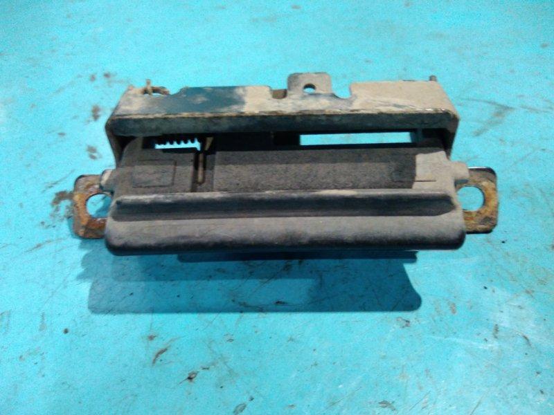 Ручка двери багажника Nissan Ad Y11 QG15DE 2001