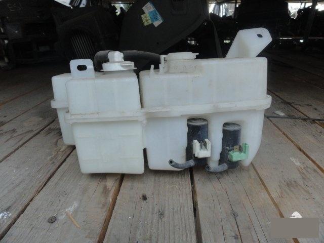 Бачок омывателя Mitsubishi Town Box U62W 3G83 (б/у)