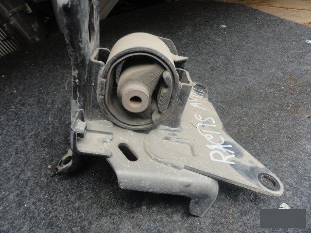 Подушка кпп Toyota Ractis NCP100 1NZFE (б/у)
