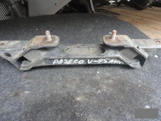 Подушка кпп Mitsubishi Pajero V75W 6G74 (б/у)