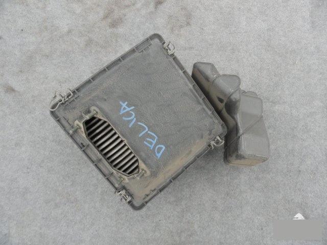 Корпус воздушного фильтра Mitsubishi Delica PD6W 6G72 (б/у)