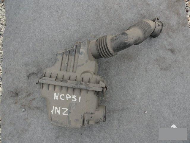 Корпус воздушного фильтра Toyota Succeed NCP51 1NZFE (б/у)