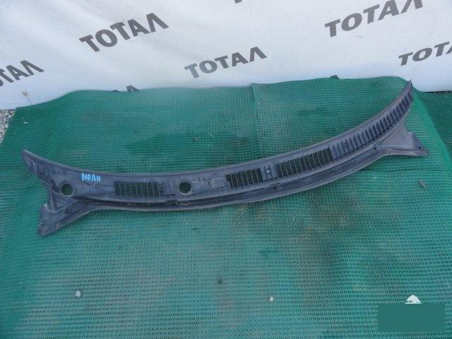Решетка под лобовое стекло Toyota Town Ace Noah CR50 3CT 2000 (б/у)