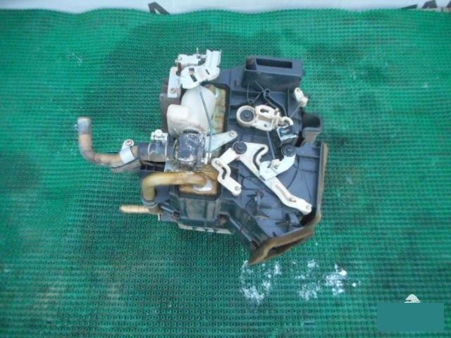 Радиатор печки Mazda Proceed Marvie UVL6R WLT (б/у)