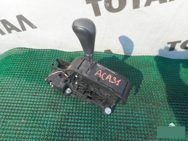 Рычаг переключения кпп Toyota Rav4 ACA31 2AZFE (б/у)