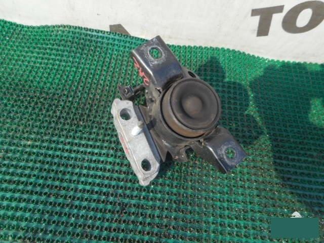 Подушка двигателя Toyota Rav4 ACA31 2AZFE правая (б/у)
