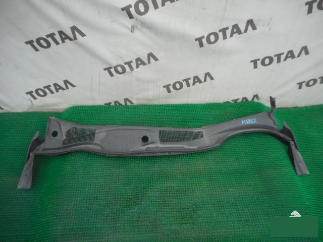 Решетка под лобовое стекло Toyota Mark X GRX125 4GRFSE (б/у)