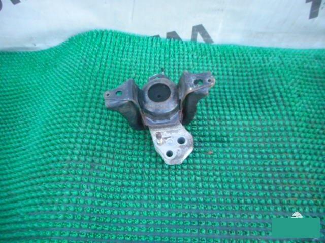 Подушка двигателя Toyota Funcargo NCP25 1NZFE правая (б/у)